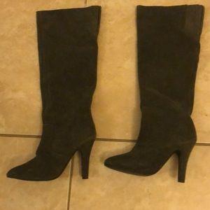 High knee boots 👢